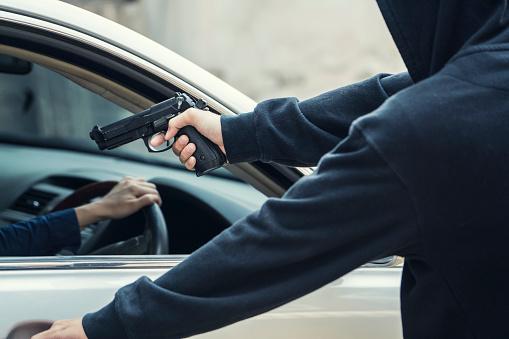 Como a internet influencia no roubo de veículos