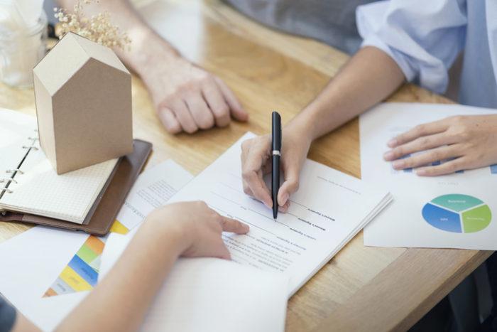Como são definidas as prestações do consórcio?